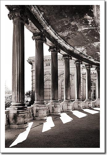 Pillars (Palais de Longchamp, Marseille)